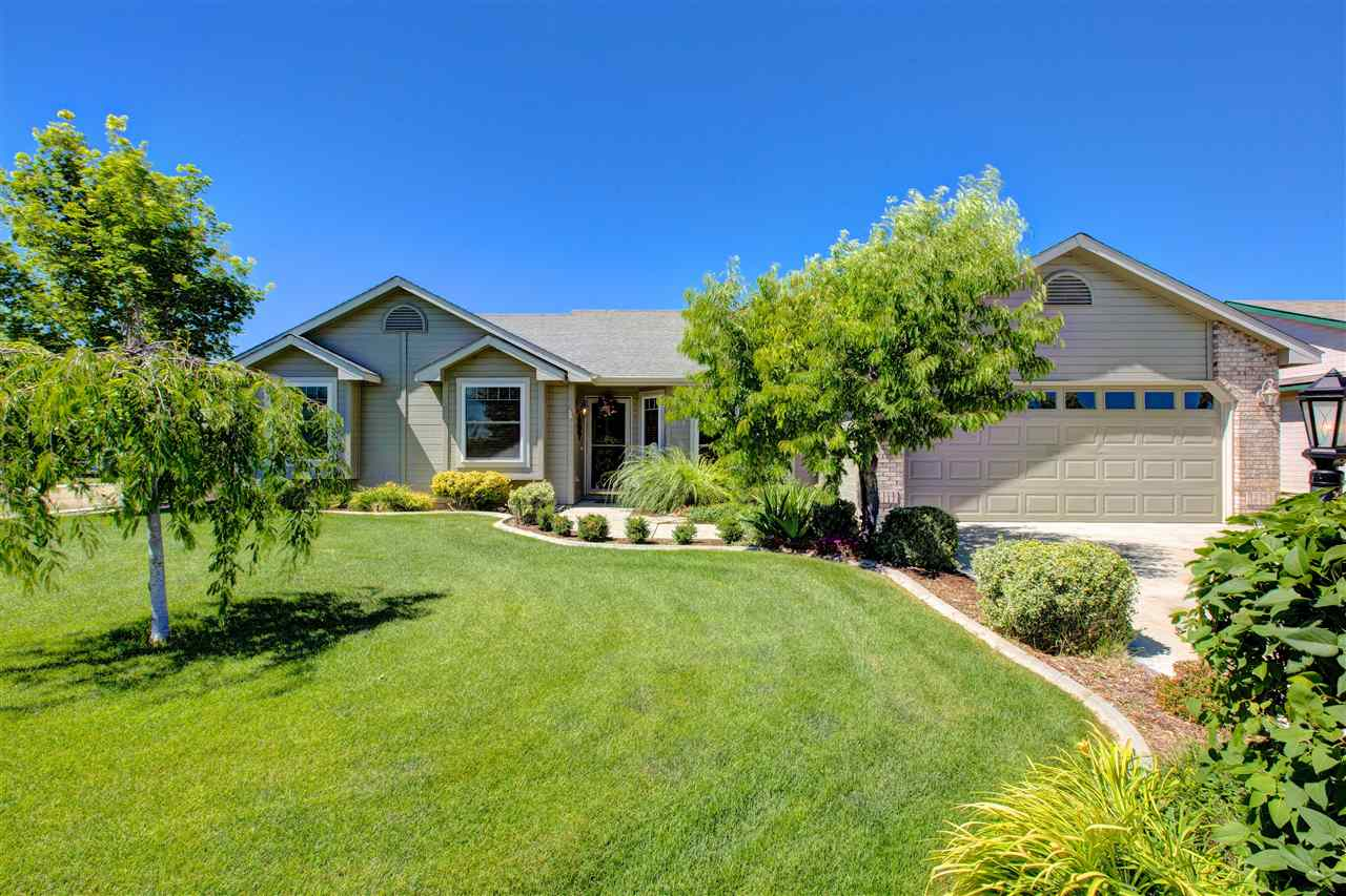 8202 Waterlilly Ave, Nampa, ID 83687