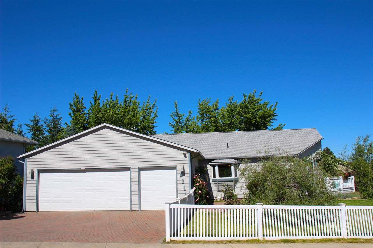 Casa Unifamiliar por un Venta en 2110 NW Robert 2110 NW Robert Pullman, Washington 99163