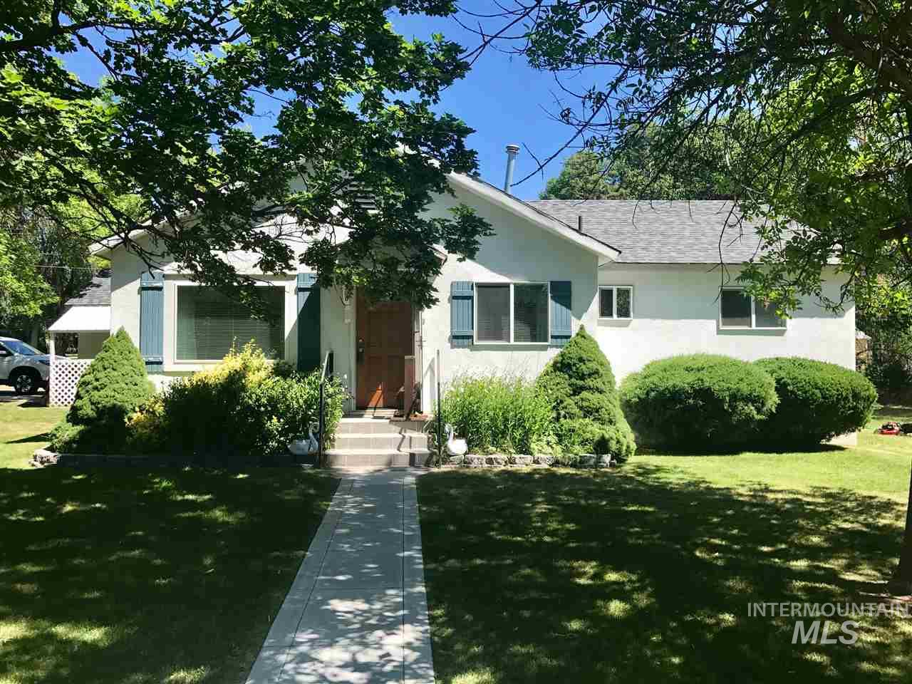 350 W 2nd Ave, Wendell, ID 83355