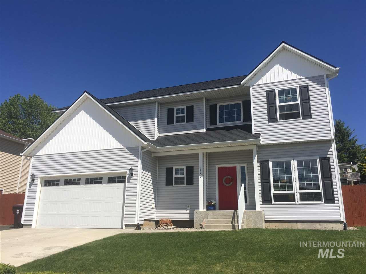 Single Family Home for Sale at 1250 SW Hannah Pullman, Washington 99163