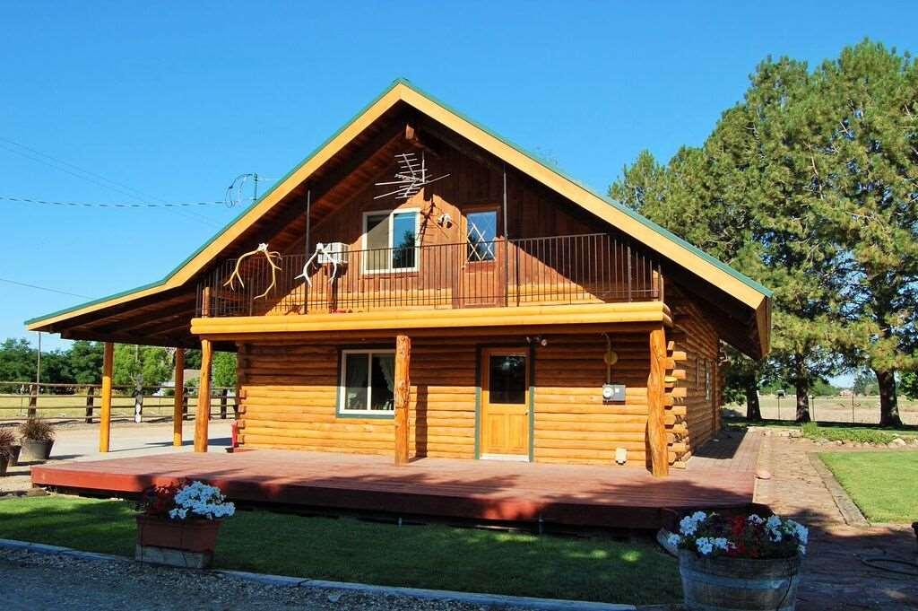 Single Family Home for Sale at 405 Whiffin Lane 405 Whiffin Lane Middleton, Idaho 83644