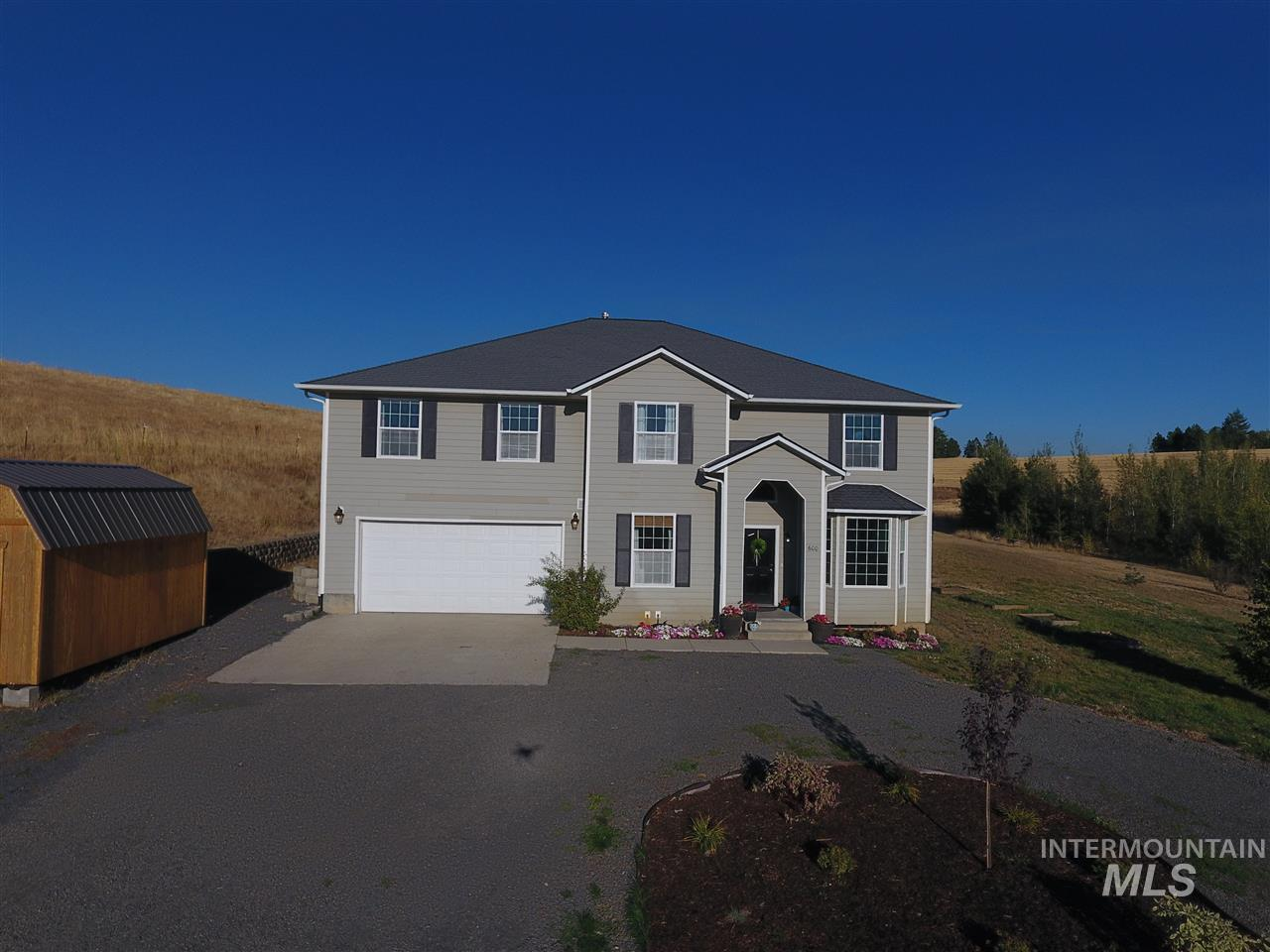 Single Family Home for Sale at 600 Pavel Court 600 Pavel Court Moscow, Idaho 83843