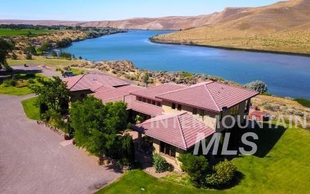 独户住宅 为 销售 在 790 E 2725 S Hagerman, 爱达荷州 83332