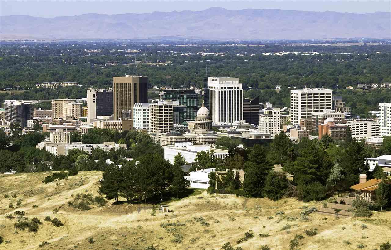 1749 N Claremont, Boise, ID 83702