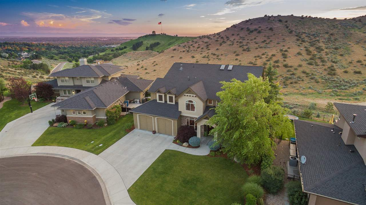 4305 N Strathmore Place, Boise, ID 83702
