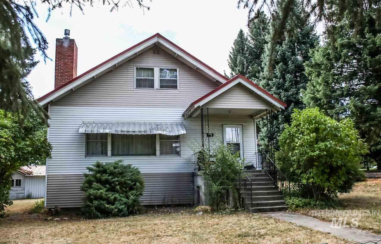 Single Family Home for Sale at 230 Spruce Street 230 Spruce Street Potlatch, Idaho 83855