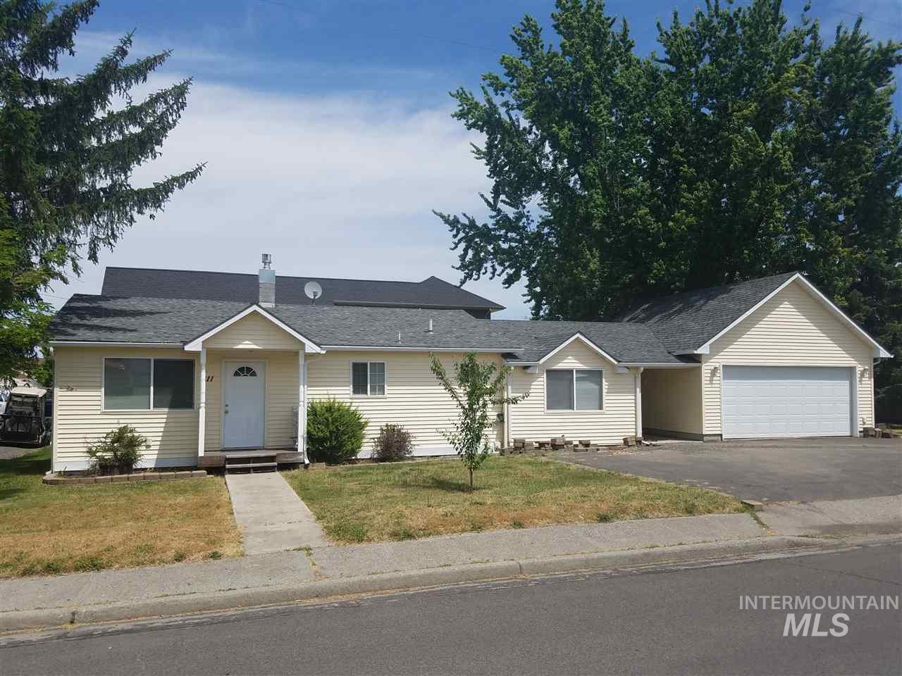 Single Family Home for Sale at 211 Madison 211 Madison Grangeville, Idaho 83530