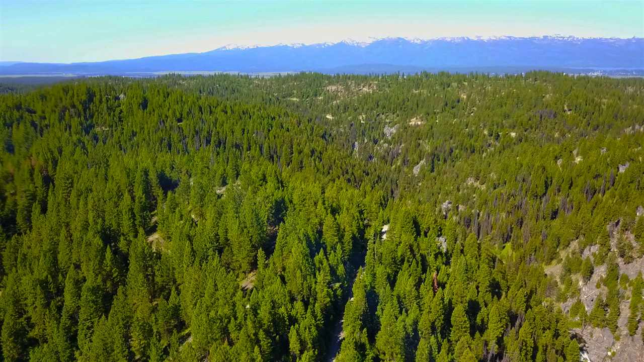 Additional photo for property listing at 1 Warm Lake Road 1 Warm Lake Road Cascade, Idaho 83611