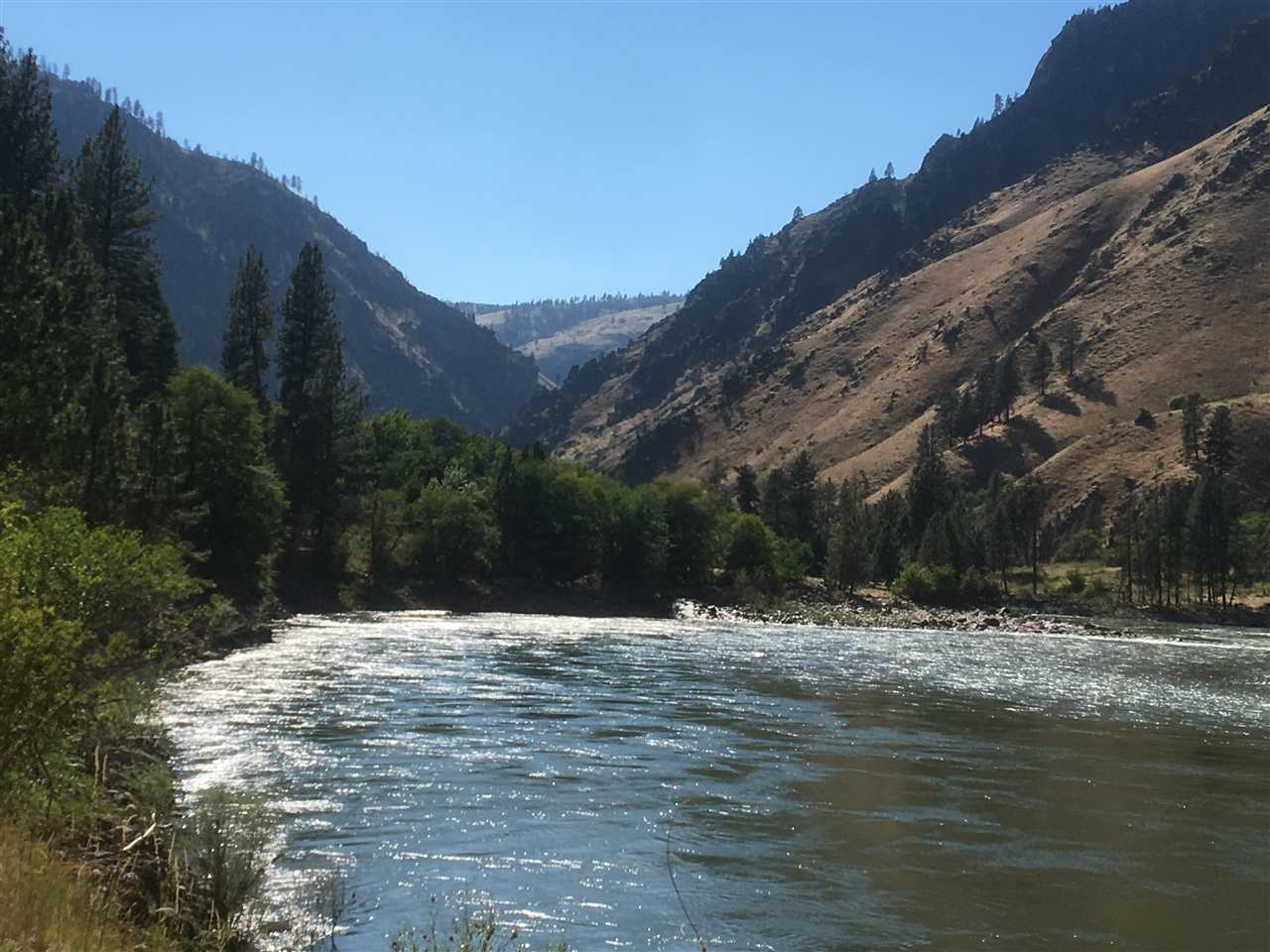 o Salmon River Road, Riggins, ID 83549