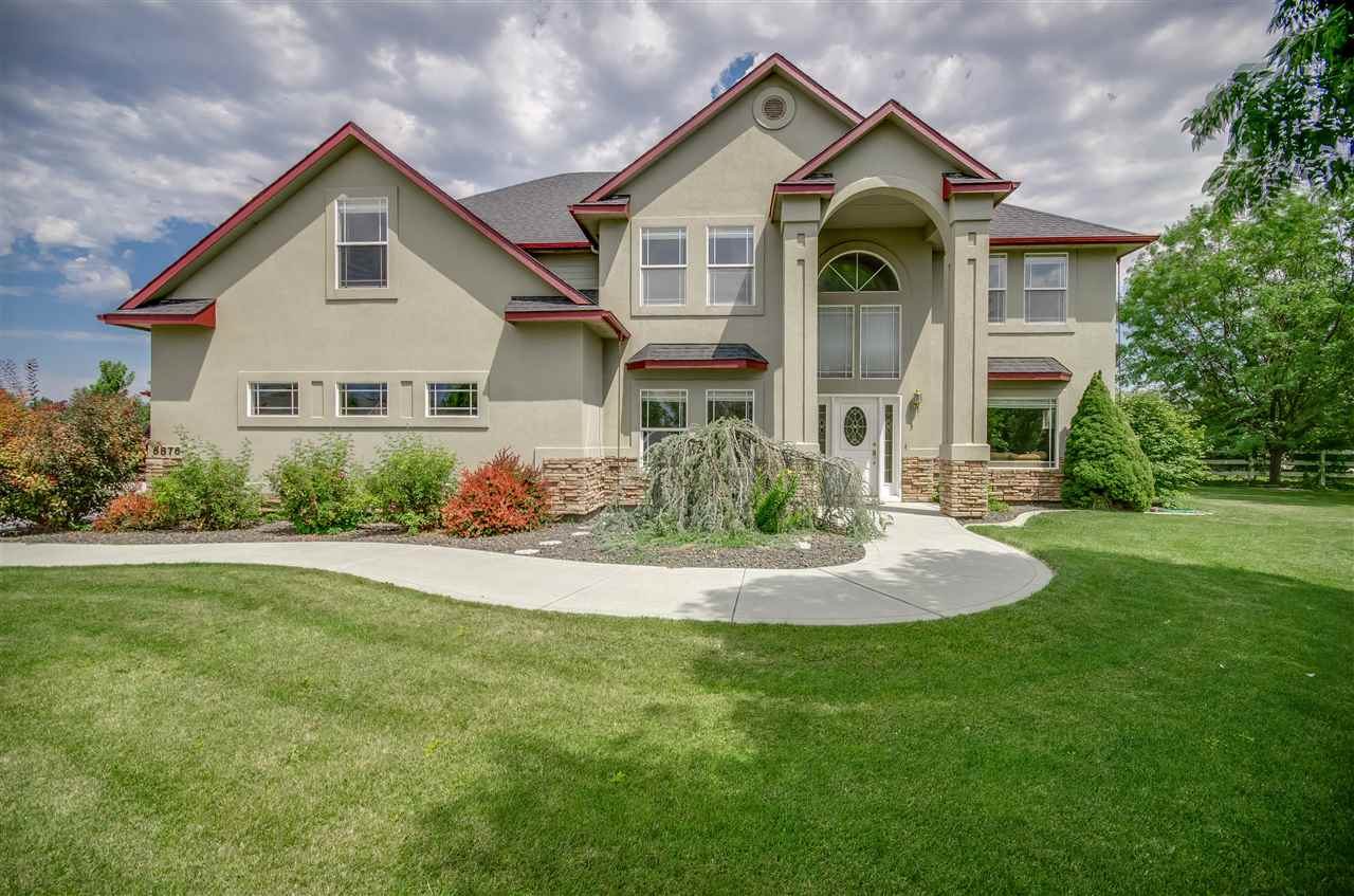 6876 S Star Struck Ave, Boise, ID 83709