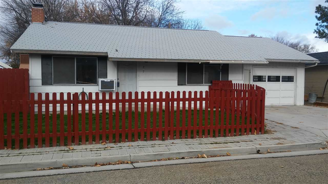 1417 Willow St, Caldwell, ID 83605
