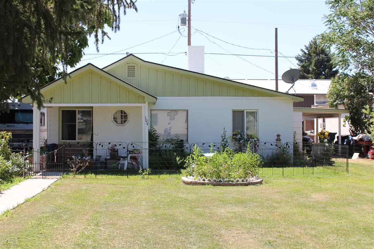 109 W Montana, Homedale, ID 83628