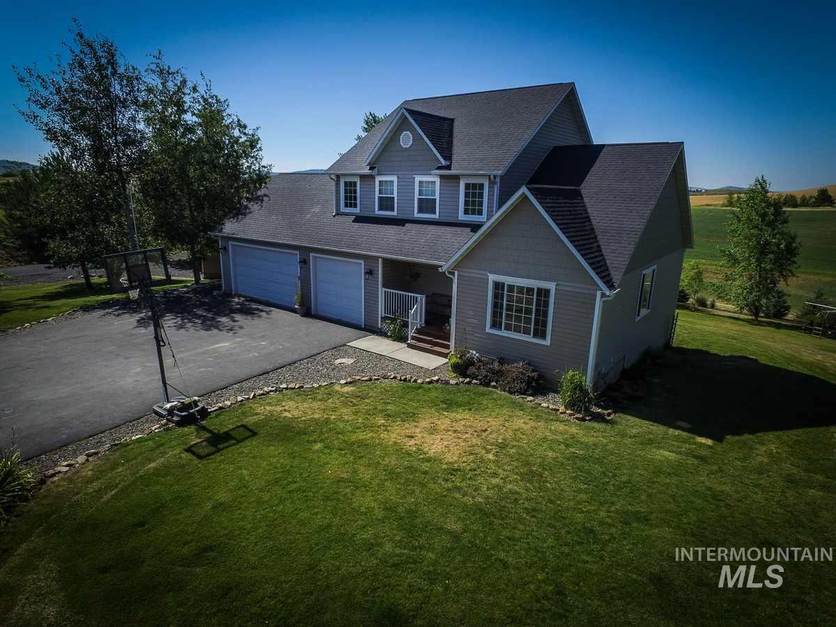 1055 Canterwood Drive, Moscow, ID 83843