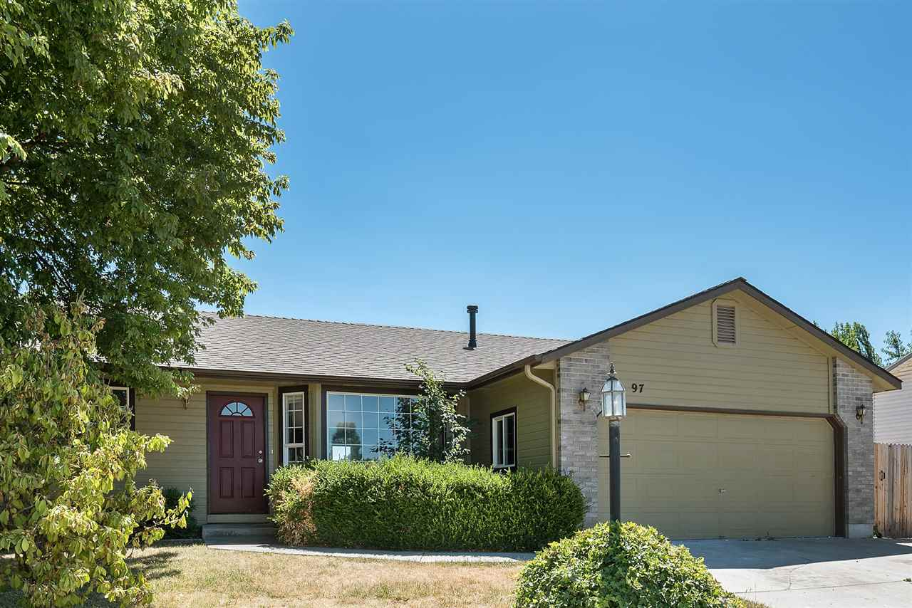 Single Family Home for Sale at 97 Woodbury Drive, Meridian 97 W Woodbury Dr Meridian, Idaho 83646