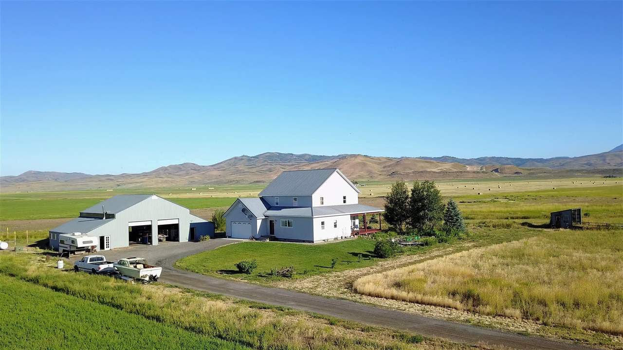Single Family Home for Sale at 63 S 1000 W Fairfield, Idaho 83327