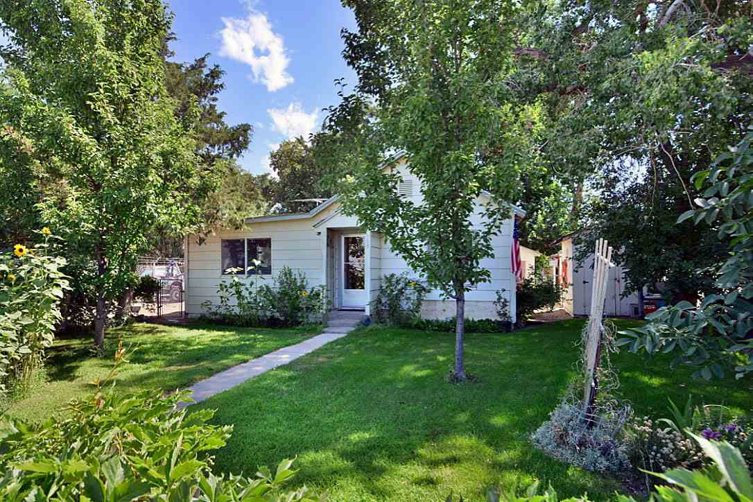 309 S Main St, Homedale, ID 83628