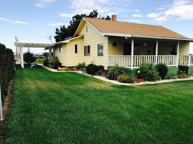 Single Family Home for Sale at 12275 Hill Road 12275 Hill Road Payette, Idaho 83661