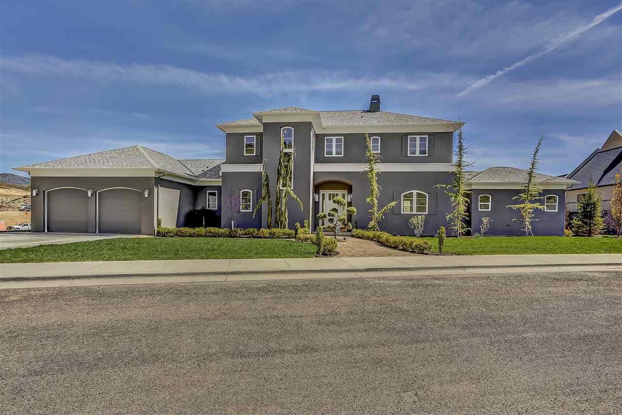 519 W Paso Fino Drive, Boise, ID 83702