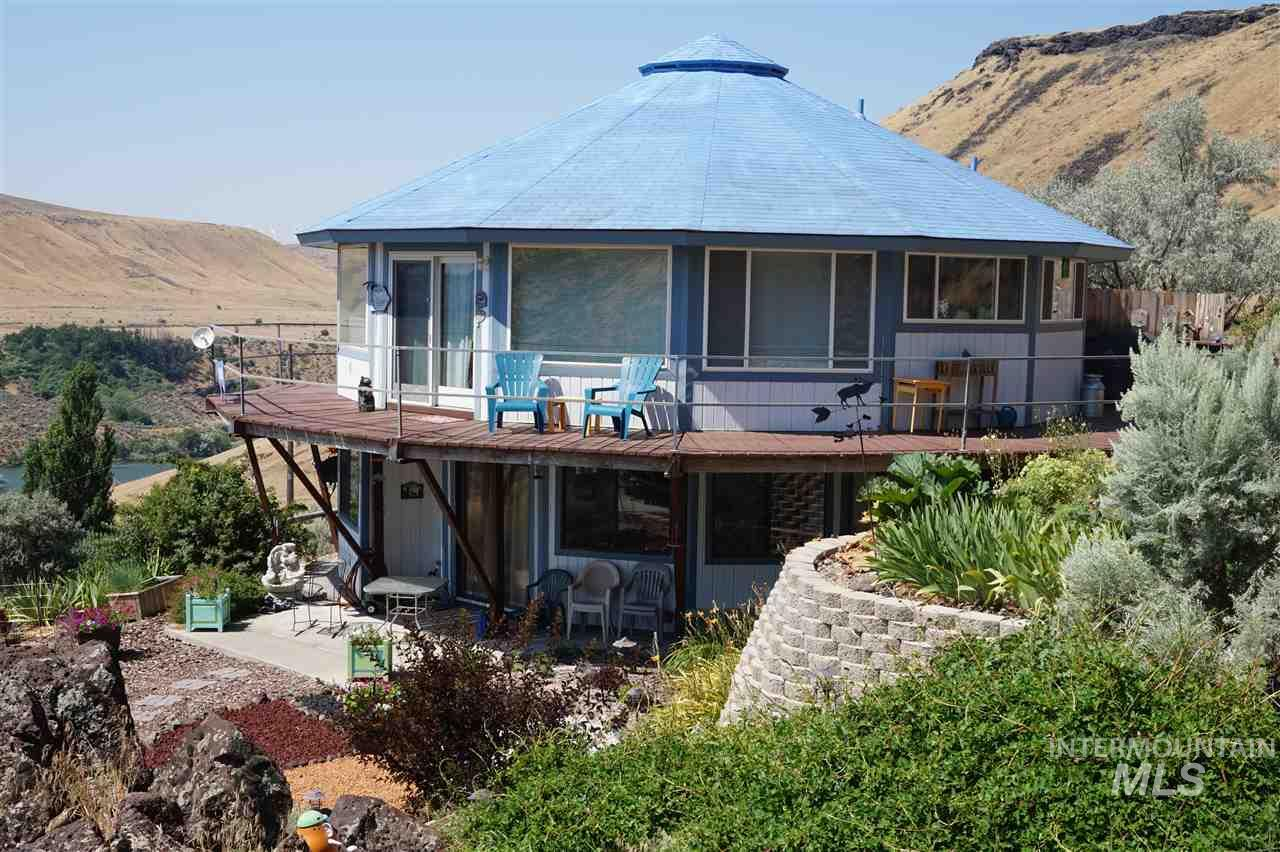 600 Spring River Road, Bliss, ID 83314