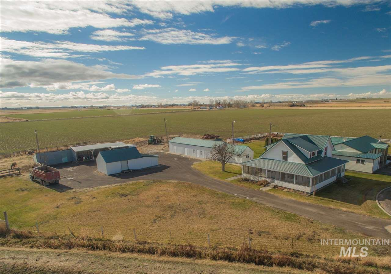 农场 为 销售 在 3900 N 2027 E 3900 N 2027 E Filer, 爱达荷州 83328
