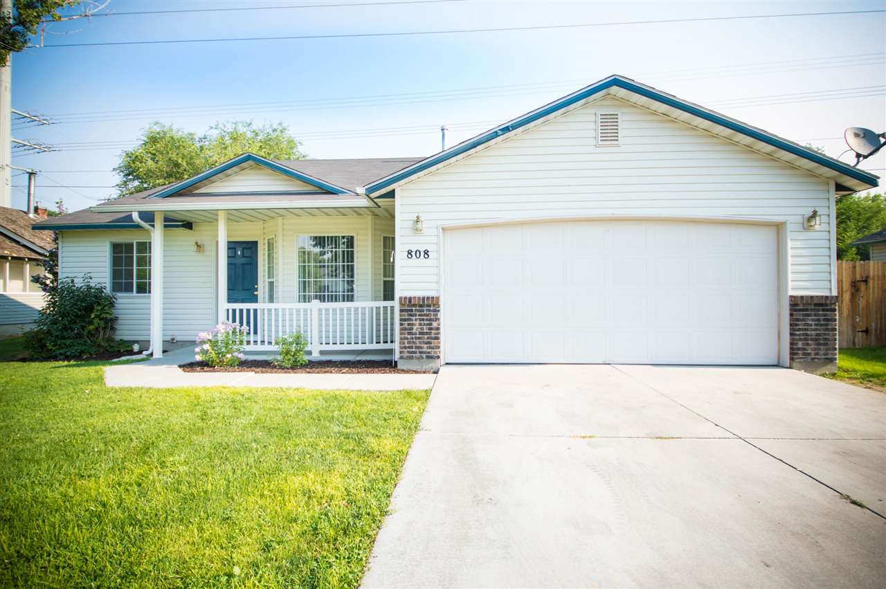 808 S Chestnut, Nampa, ID 83686
