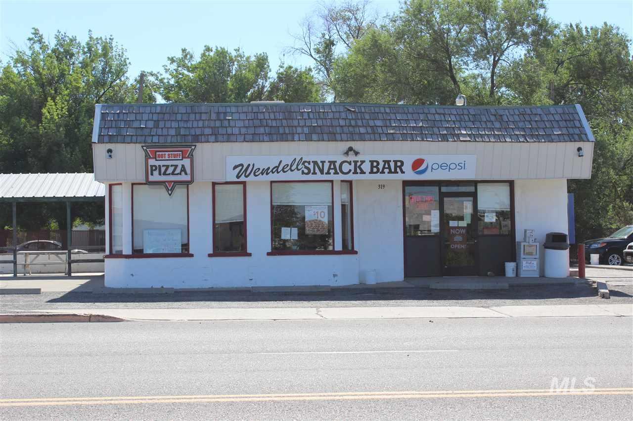 Oportunidad de negocio por un Venta en 319 S Idaho Street 319 S Idaho Street Wendell, Idaho 83355