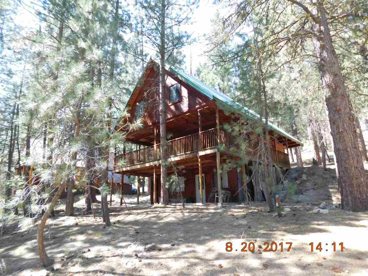 Single Family Home for Sale at 4353 N Pine Featherville Road 4353 N Pine Featherville Road Featherville, Idaho 83647