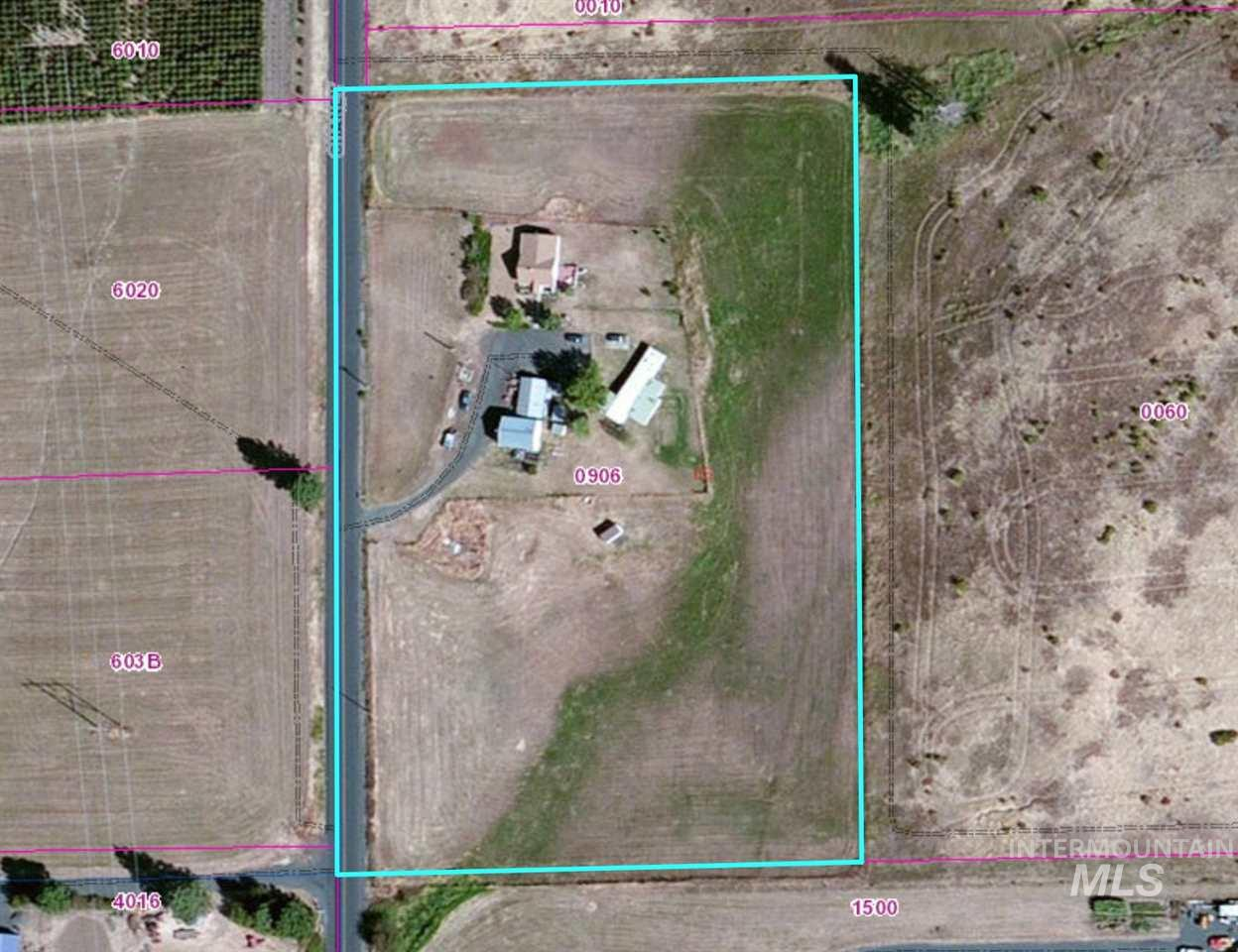 Single Family Home for Sale at 1010 Chaney 1010 Chaney Viola, Idaho 83872