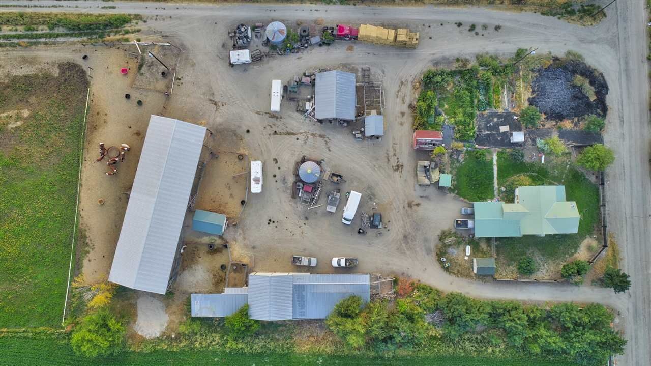 Farm for Sale at 6250 SE 3rd Avenue 6250 SE 3rd Avenue New Plymouth, Idaho 83655