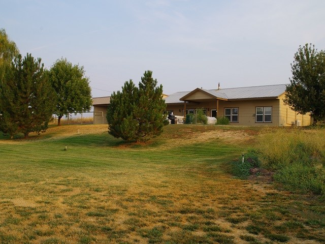 Single Family Home for Sale at 2852 Fort Road 2852 Fort Road Cambridge, Idaho 83610