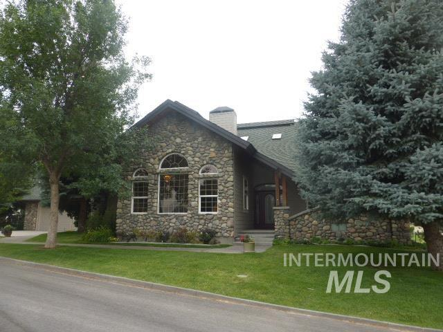 Single Family Home for Sale at 102 Winged Foot Road 102 Winged Foot Road Jerome, Idaho 83338