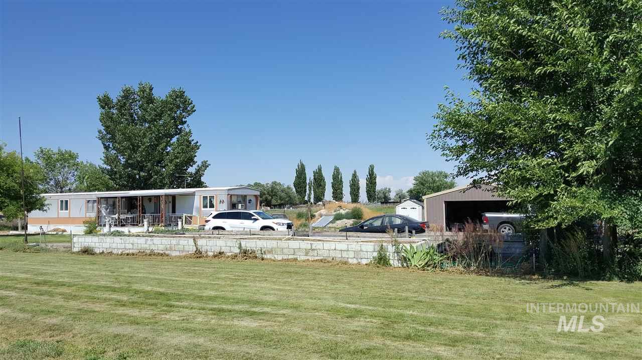 Single Family Home for Sale at 824 E 300 N #3 824 E 300 N #3 Rupert, Idaho 83350