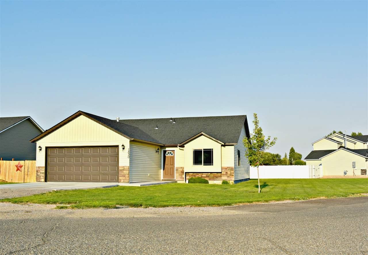 独户住宅 为 销售 在 1830 Y Street 1830 Y Street Heyburn, 爱达荷州 83336