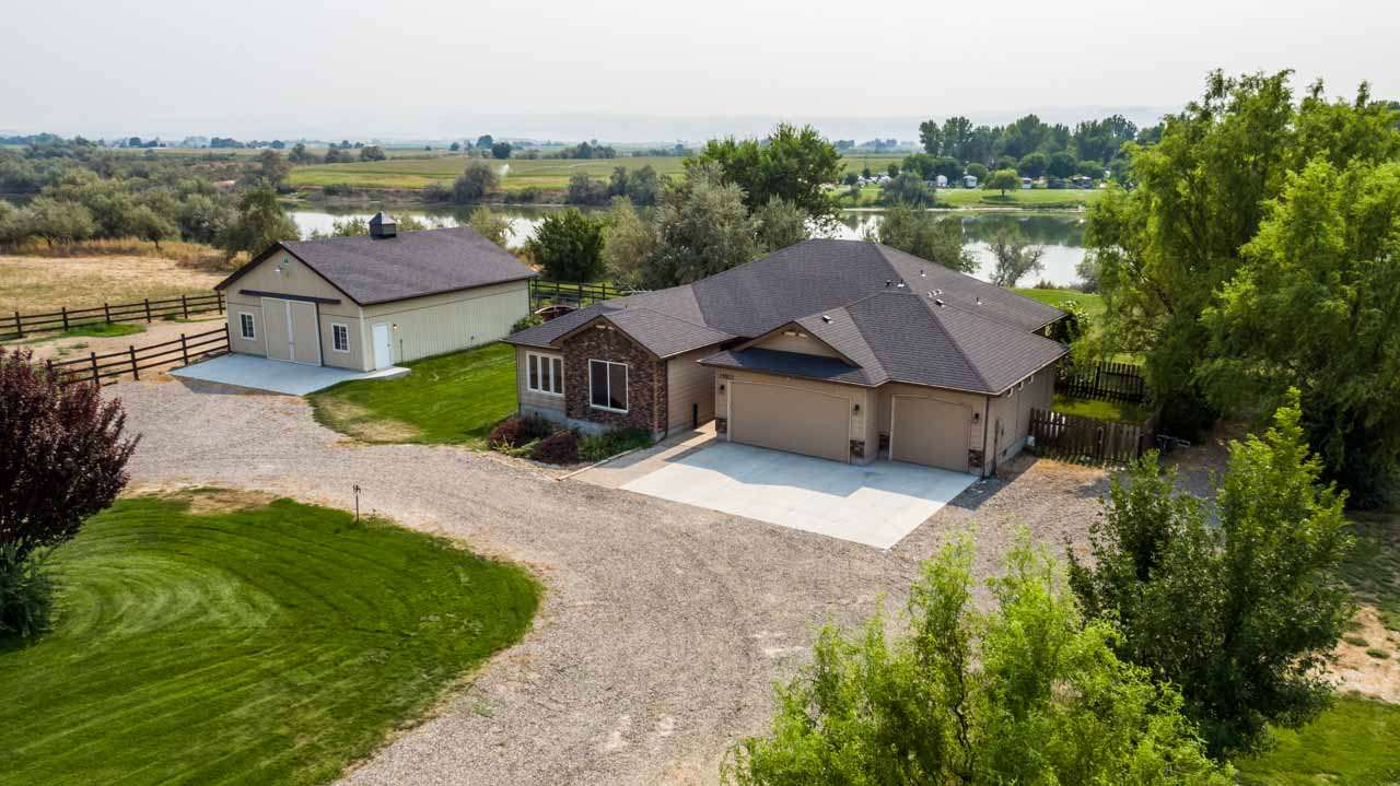 Single Family Home for Sale at 25523 Clubhouse Court 25523 Clubhouse Court Wilder, Idaho 83676