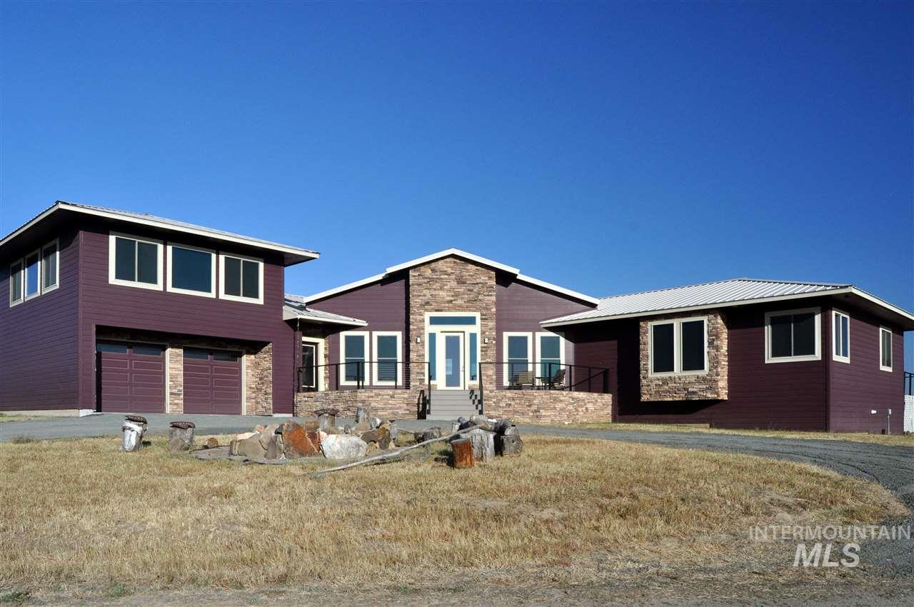 Casa Unifamiliar por un Venta en 1102 Claypit Road 1102 Claypit Road Troy, Idaho 83871