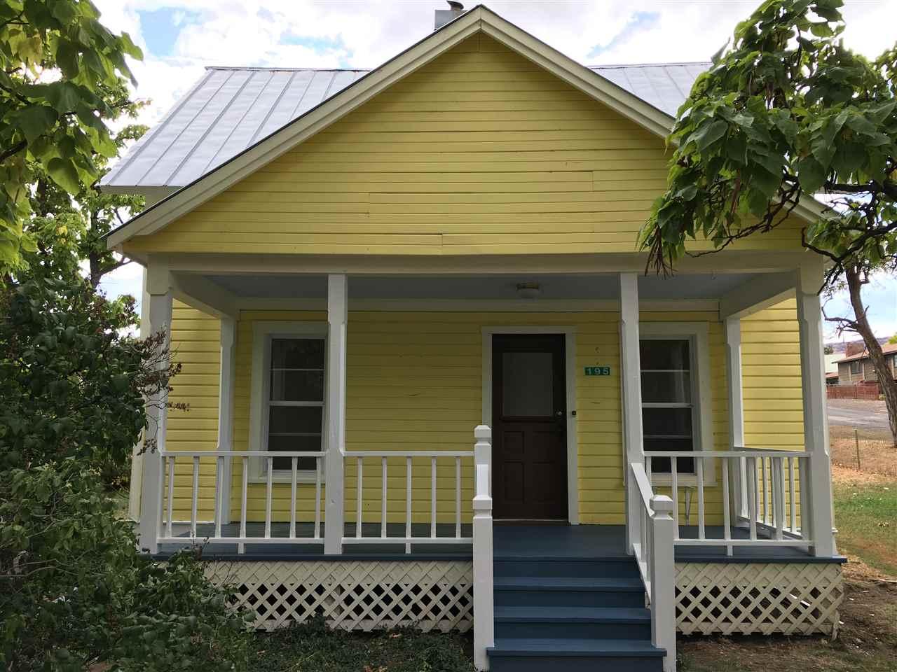 独户住宅 为 销售 在 195 W Central Blvd 195 W Central Blvd Cambridge, 爱达荷州 83610