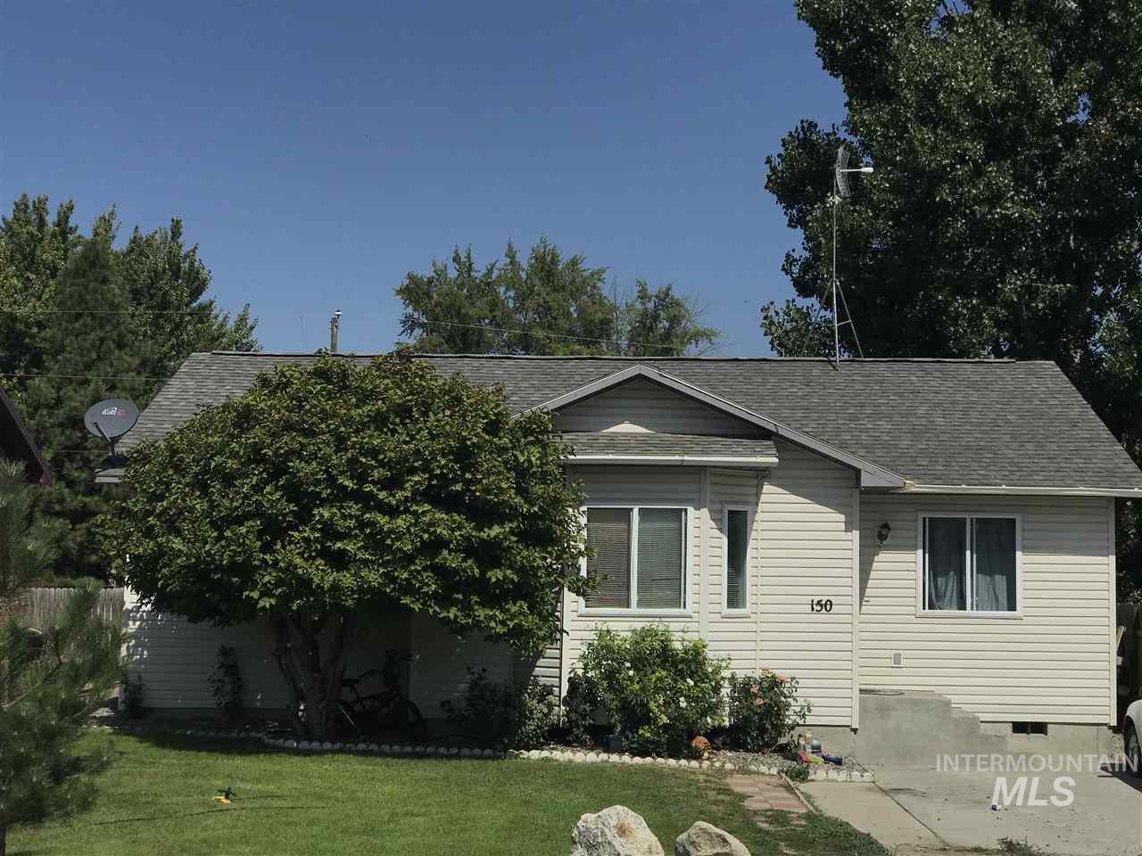 Casa Unifamiliar por un Venta en 150 5th Ave. W 150 5th Ave. W Wendell, Idaho 83355