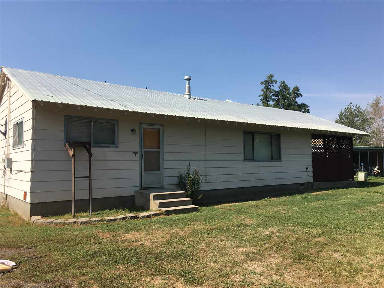 Single Family Home for Sale at 120 N Weiser Street 120 N Weiser Street Midvale, Idaho 83645