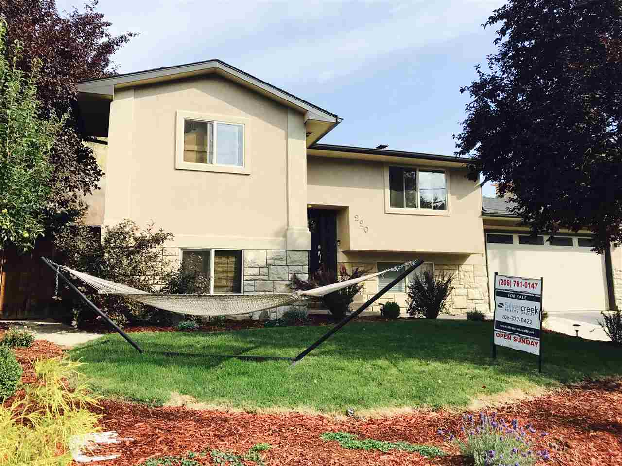 220 W Sherman, Boise, Idaho 83702, 3 Bedrooms, 2.5 Bathrooms, Rental For Rent, Price $2,300, 98670849