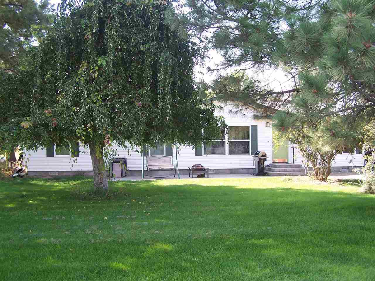 Single Family Home for Sale at 575 Humpherys S Road 575 Humpherys S Road Hammett, Idaho 83627