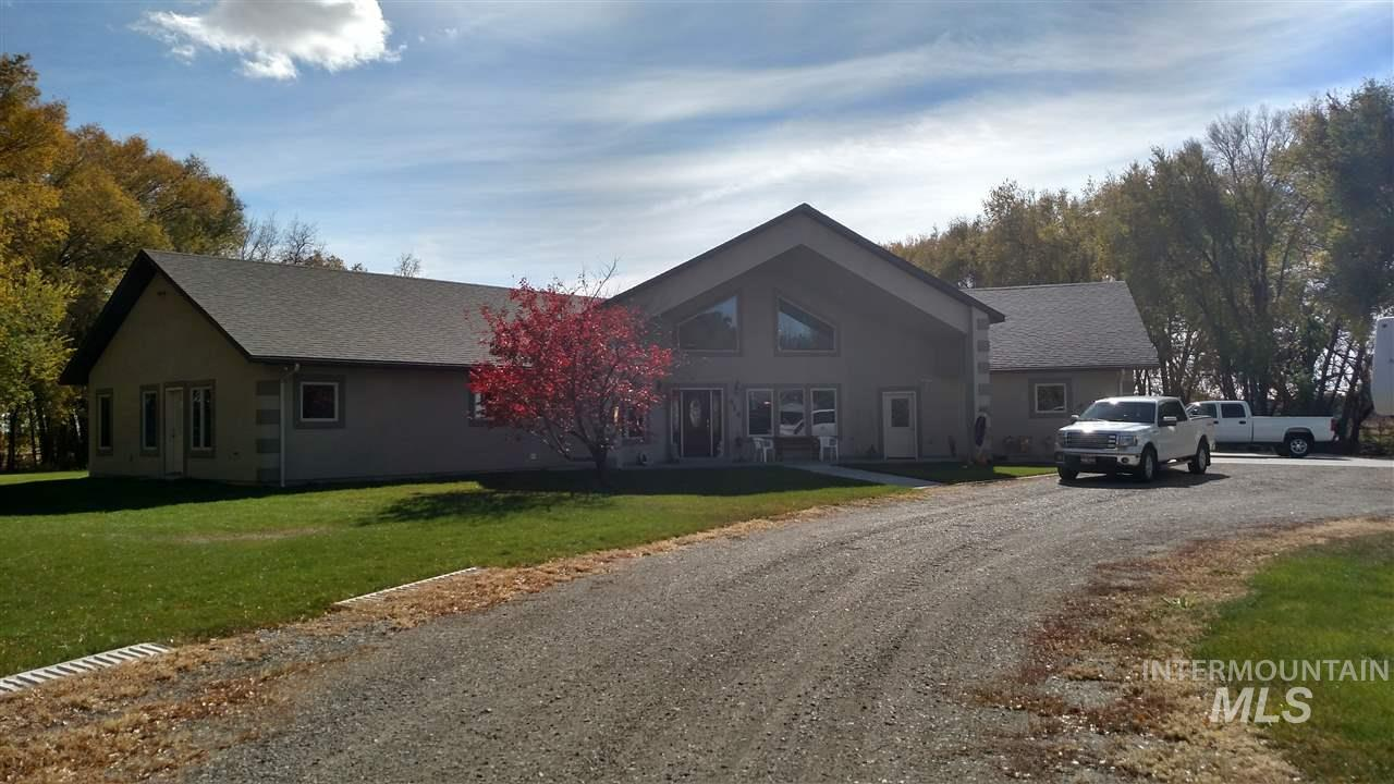 Single Family Home for Sale at 414 Florence Street 414 Florence Street Shoshone, Idaho 83352