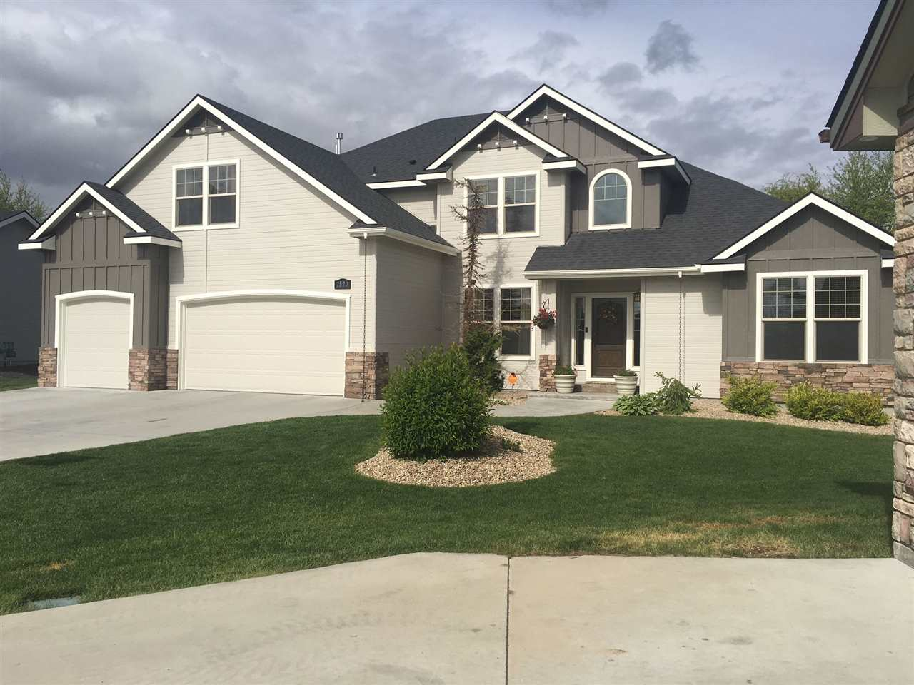 2520 Mill Court, Nampa, Idaho 83686, 5 Bedrooms, 4 Bathrooms, Rental For Rent, Price $1,800, 98671619