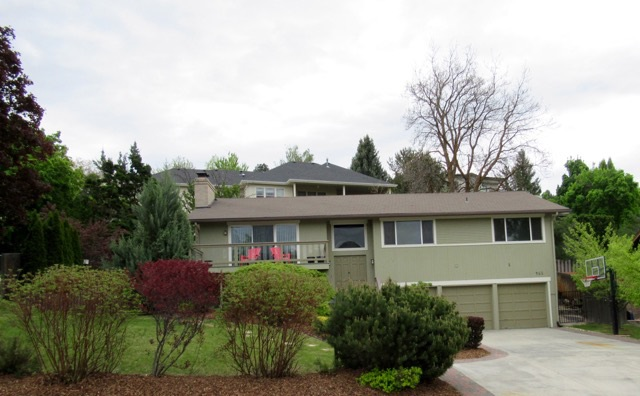 461 E Hearthstone, Boise, Idaho 83702-1727, 4 Bedrooms, 3 Bathrooms, Rental For Rent, Price $2,000, 98671778