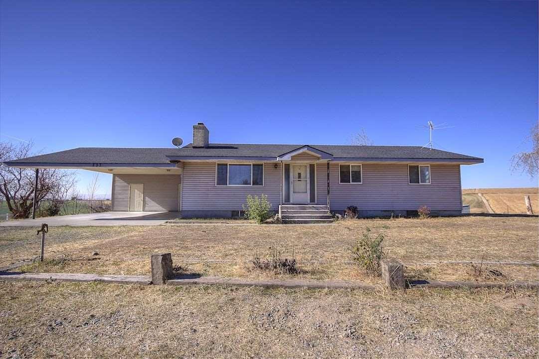 独户住宅 为 销售 在 893 Alberta Avenue 893 Alberta Avenue Nyssa, 俄勒冈州 97913
