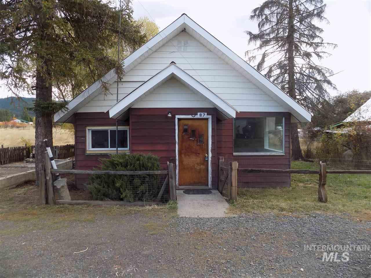 Single Family Home for Sale at 19 N Spring Street 19 N Spring Street Fernwood, Idaho 83830