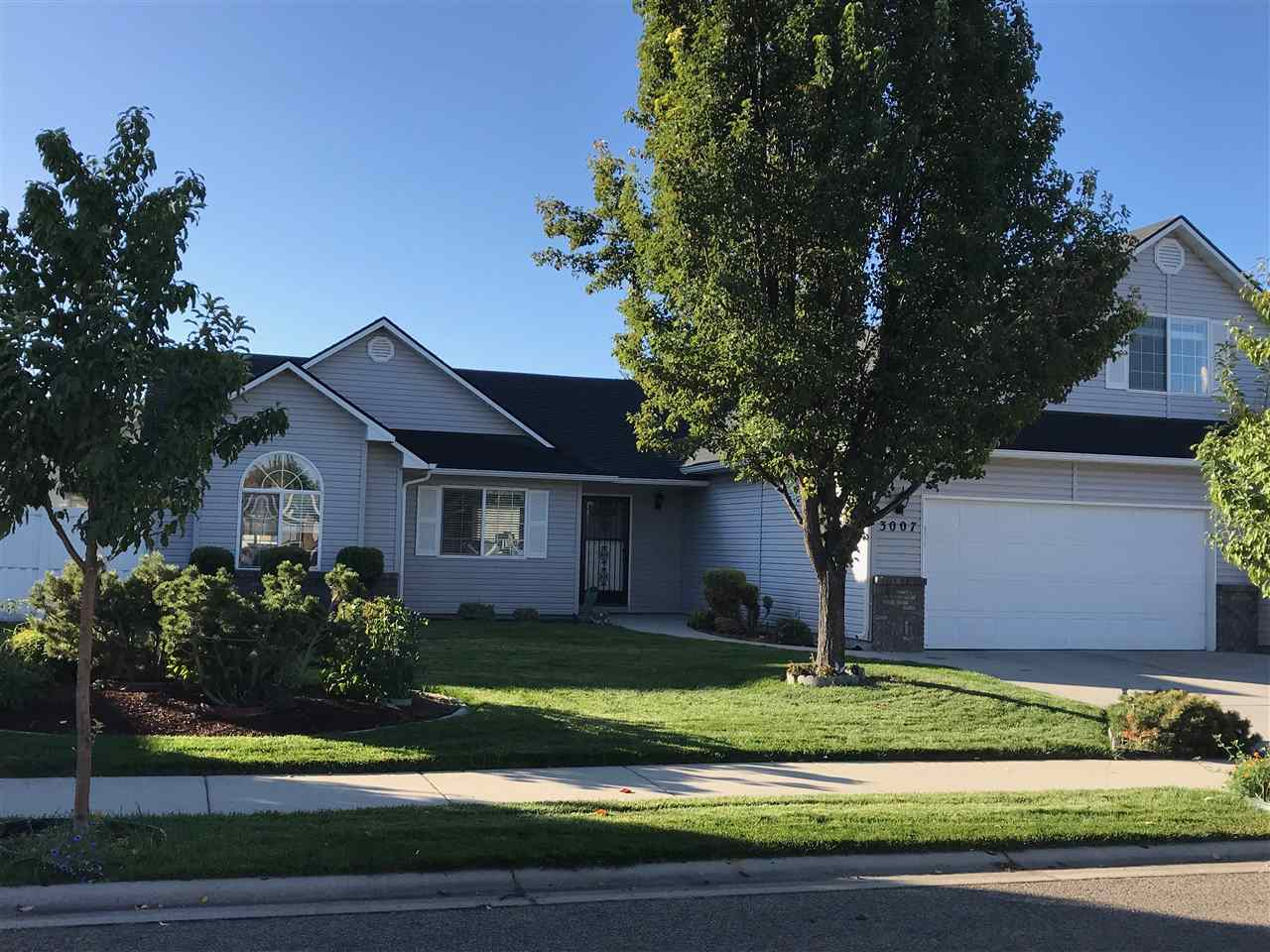 3007 E Indian Creek Drive,Meridian,Idaho 83642,3 Bedrooms Bedrooms,2 BathroomsBathrooms,Residential,3007 E Indian Creek Drive,98672466