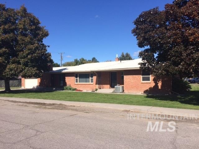 Casa Unifamiliar por un Venta en 702 16th Street 702 16th Street Rupert, Idaho 83350