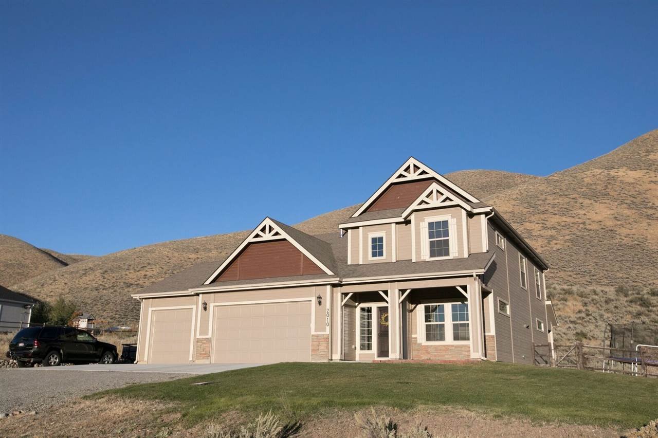 Single Family Home for Sale at 2010 Laurelwood 2010 Laurelwood Hailey, Idaho 83333