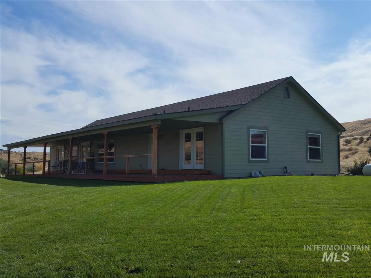 Casa Unifamiliar por un Venta en 6323 Golden Springs Ranch 6323 Golden Springs Ranch Bliss, Idaho 83314