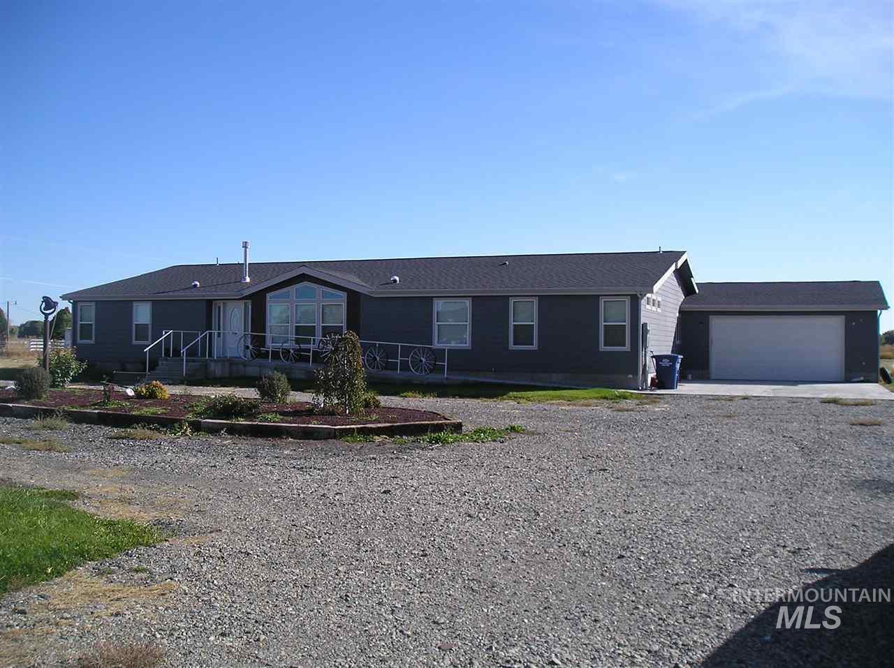 Casa Unifamiliar por un Venta en 1957 E 1775 S 1957 E 1775 S Gooding, Idaho 83330